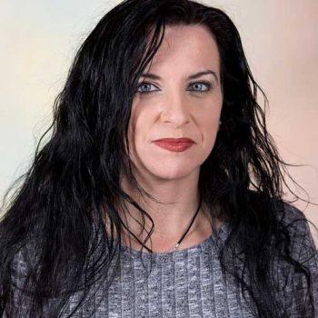 Dña. Virginia Gómez-Pastrana Cuadros
